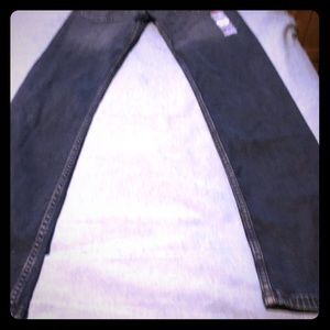LEVIS - BRAND NEW WITH TAGS